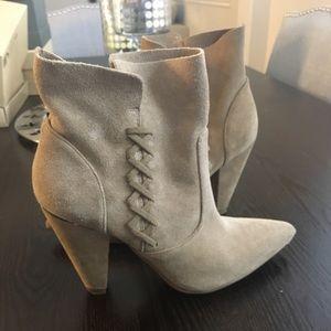 Zara woman shorts boots